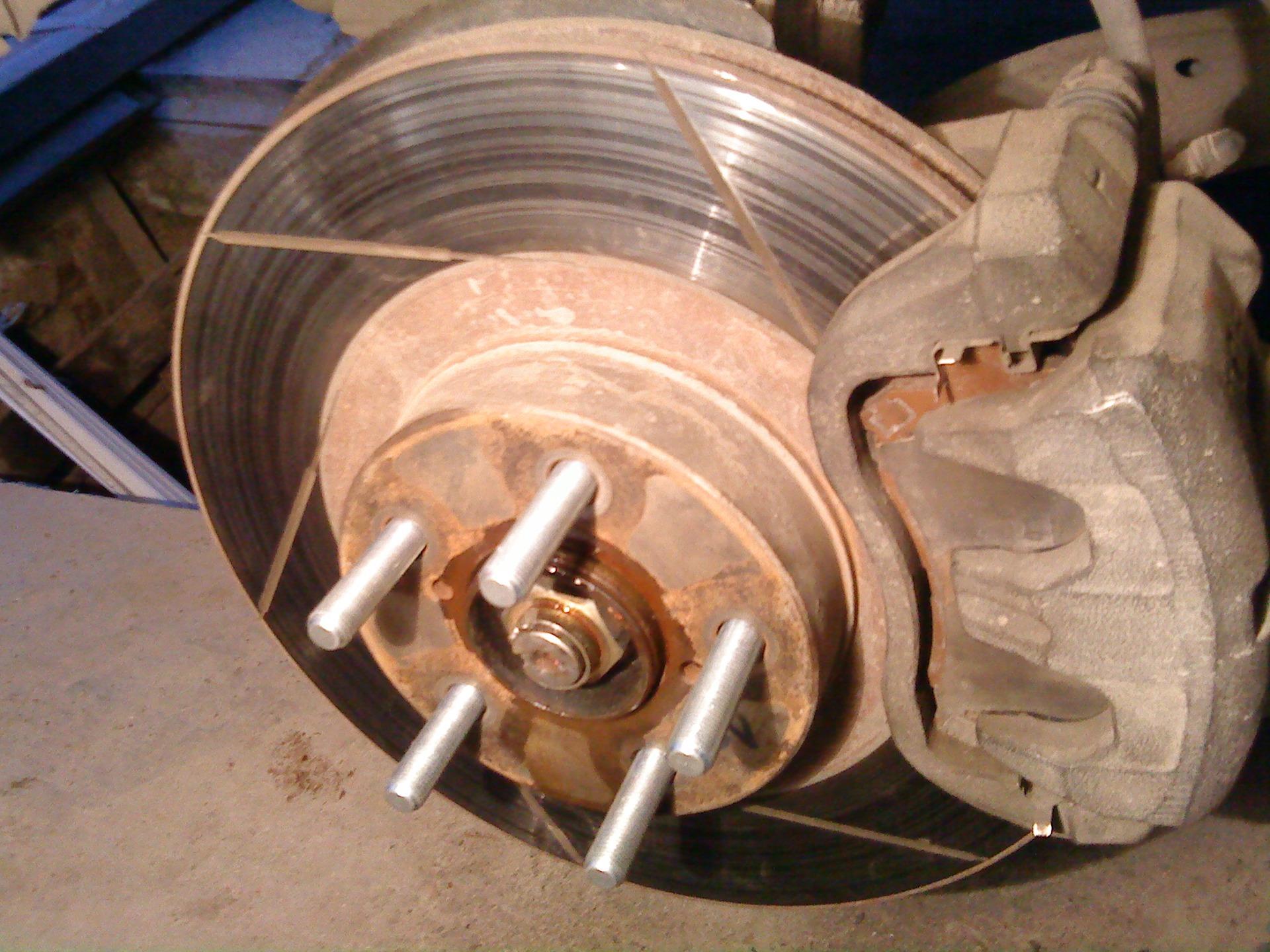 Правка тормозных дисков своими руками 68