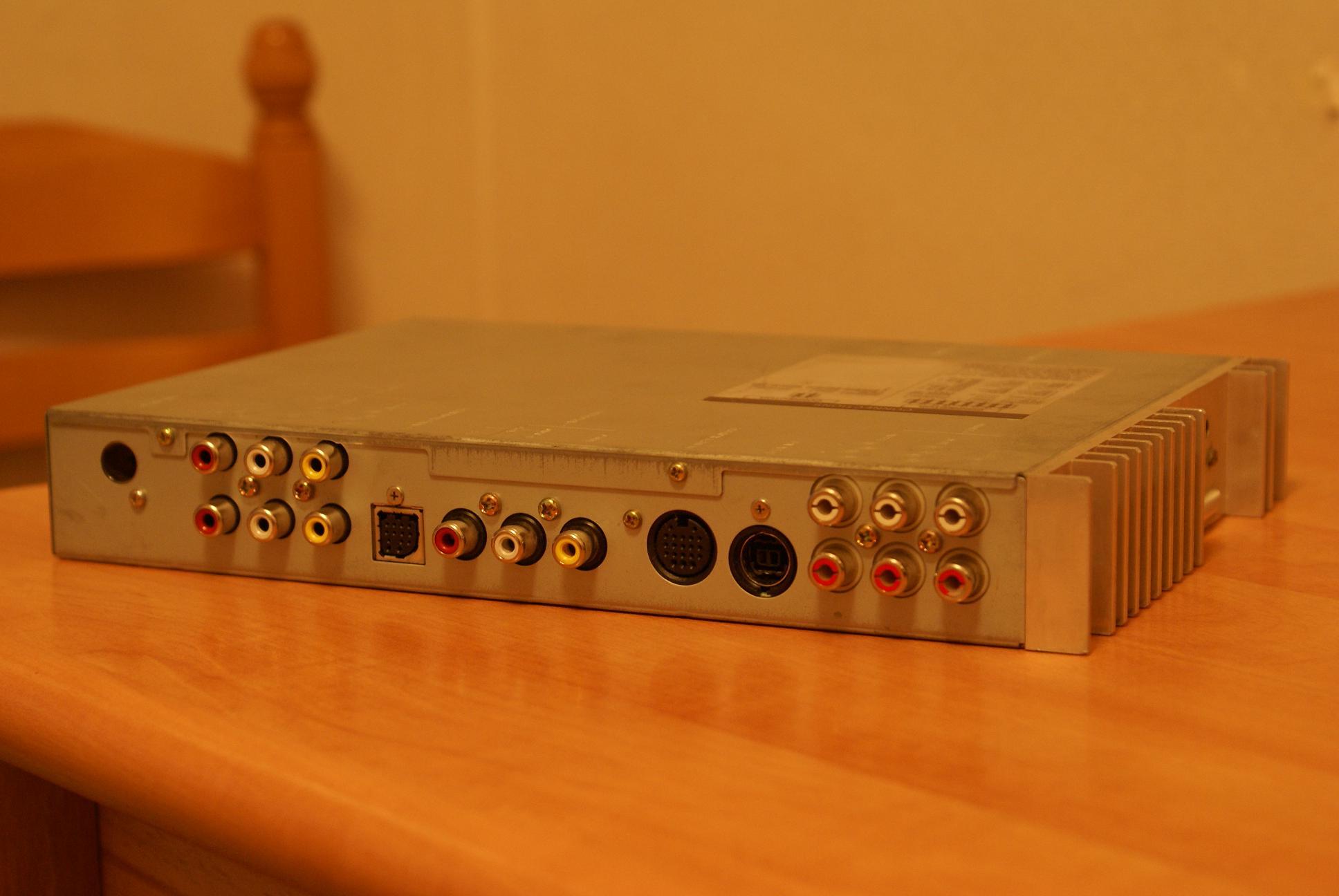 Автомобильный монитор Alpine CVA-1005R - 002