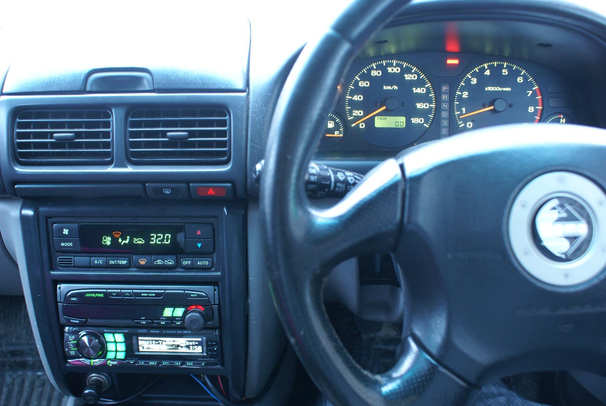 Автомобильный монитор Alpine CVA-1005R - 007