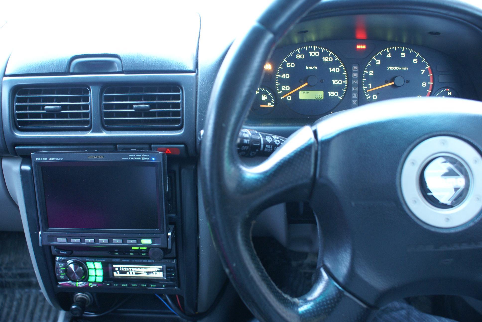 Автомобильный монитор Alpine CVA-1005R - 008