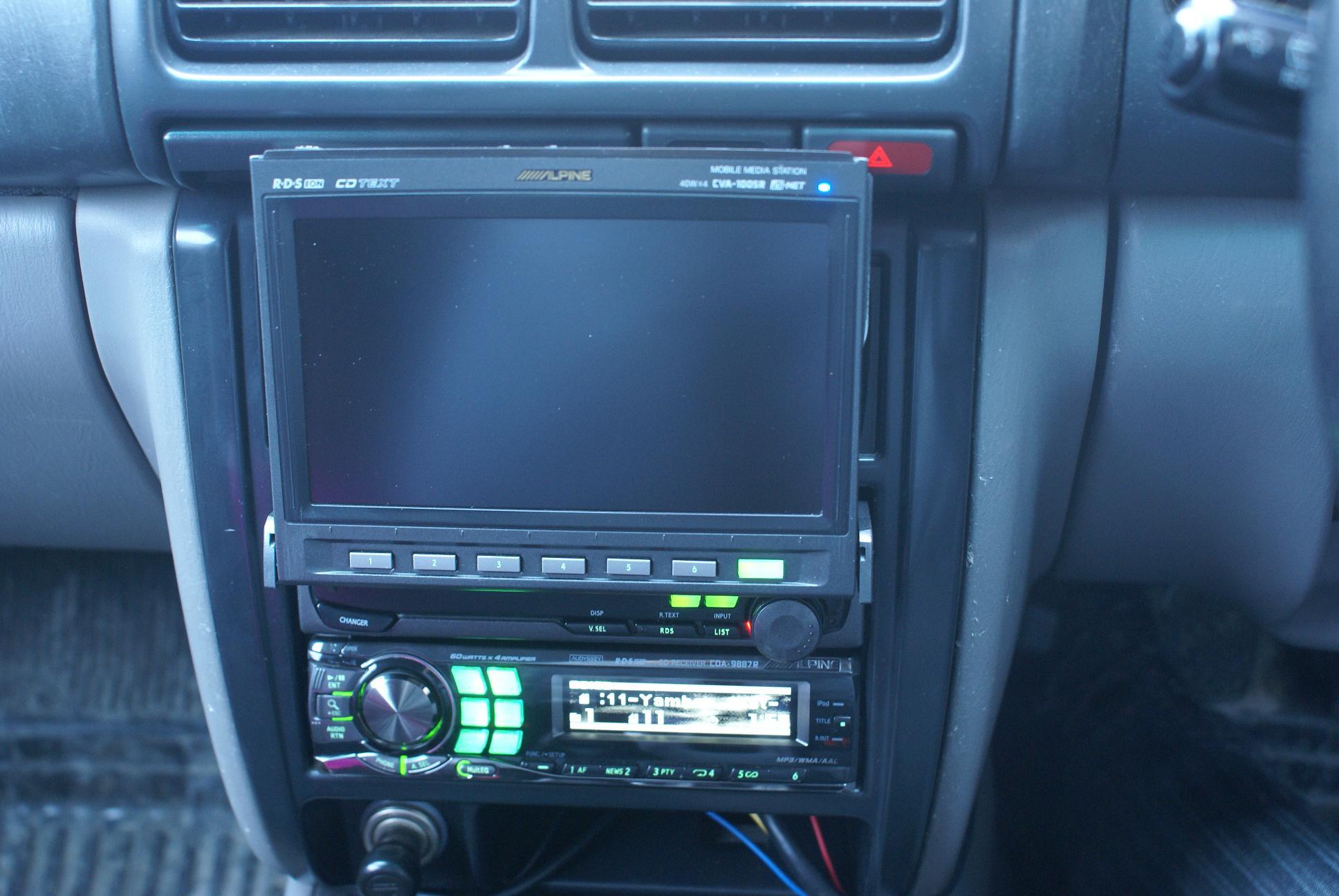 Автомобильный монитор Alpine CVA-1005R - 009